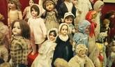 Hračky (aj slovné), bábky a marionety