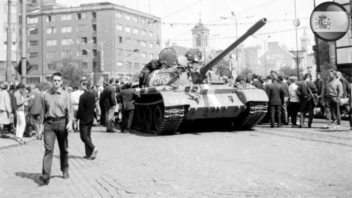 Se conmemoran 49 años de la ocupación de Checoslovaquia por las tropas del Pacto de Varsovia