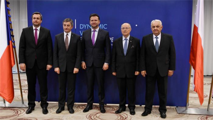 Los miembros del V4 no ponen en duda su membresía en la UE