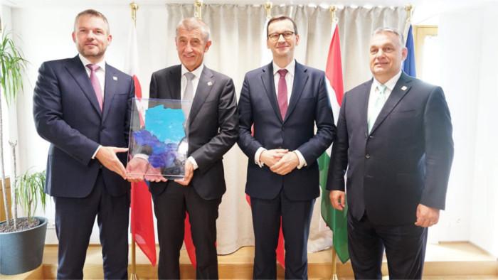Pellegrini übergibt V4-Vorsitz an tschechischen Premier Babiš