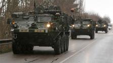 Traversée du pays par des convois de matériel militaire