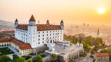 Concurso: Íconos y Símbolos de Eslovaquia  3ͣ  ronda – el Castillo de Bratislava