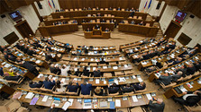 State budget discussed in parliament
