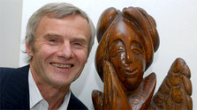 Poetry of wooden sculptures of Vladimír Morávek