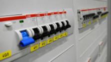 Aj veľkosť ističa môže ovplyvniť výšku účtu za elektrinu