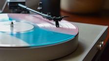 Túlačka_FM: Lisovňa vinylov