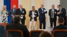 Estos ocho candidatos quieren ocupar el cargo de director de RTVS