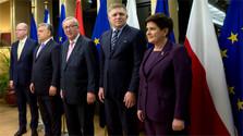 Cena de los líderes del V4 con Juncker ha sido constructiva, según Fico