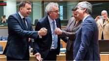 П. Кажимир поздравил нового председателя Еврогруппы