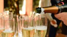 Ako sa vyrába sviatočné šumivé víno?