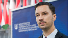 L'Ambassadeur de France reçu au Ministère des Affaires étrangères