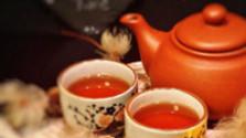 Ibištekový čaj a čokoláda a tlak