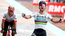 Peter Sagan vence en la clásica ciclista París - Roubaix