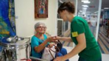 V dobrovoľnej pomoci iným máme stále čo zlepšovať