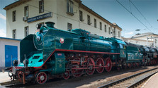 Presidential train steams across Slovakia
