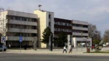 Mestský úrad v Šali má zelenú ekologickú strechu