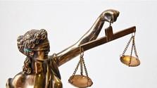 Chrobák v hlave_FM: Čo škrípe v súdnictve?