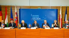 Les présidents des parlements slovaque et tchèque soulignent l'importance et le pouvoir du V4