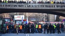 Nespokojní farmári sa rozhodli vyhlásiť ostrý štrajk