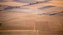 Štát plánuje financovať pozemkové úpravy