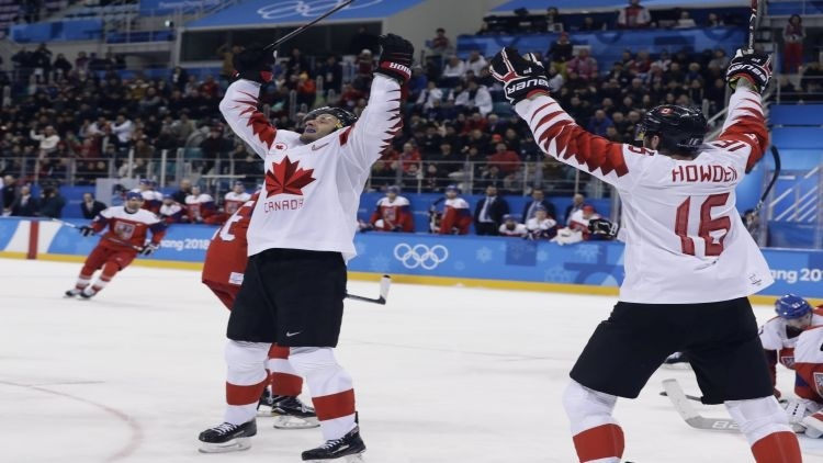 Kanada má bronz z hokejového turnaja, Česko zdolala 6:4