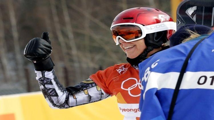 Ledecká sa zapísala do histórie, po lyžiarskom zlate ovládla aj paralelný obrák