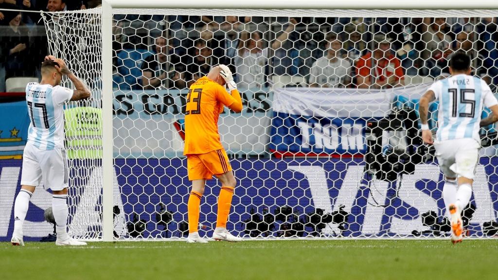 Argentína - Chorvátsko 0:3 - Chorváti ďalej, favorit v problémoch
