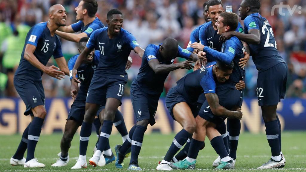 Majstrami sveta sú Francúzi. Vo finále zdolali Chorvátov, padlo šesť gólov