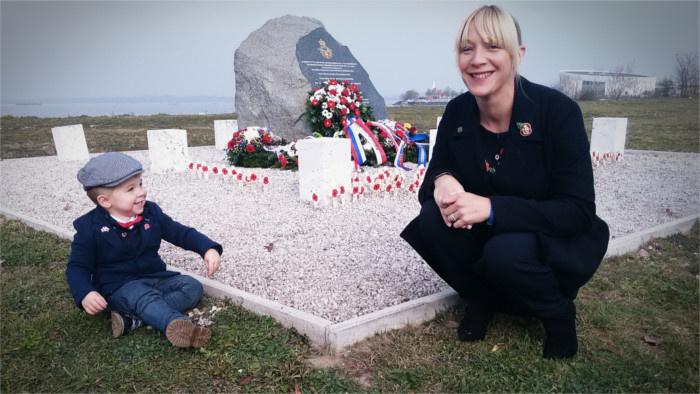 vojnovi veterani veterans pamatnik_Zuzana Botikova.jpg